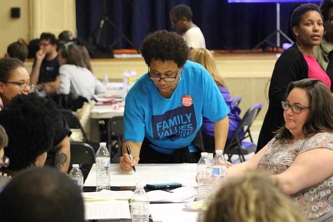 DISCUSIÓN.  La idea del foro fue plantear qué áreas deberían estar mejor representadas en el presupuesto propuesto por la Alcaldesa Bowser.