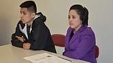 Wendy Barrientos y su hijo Eduardo, participantes del programa de Inversant