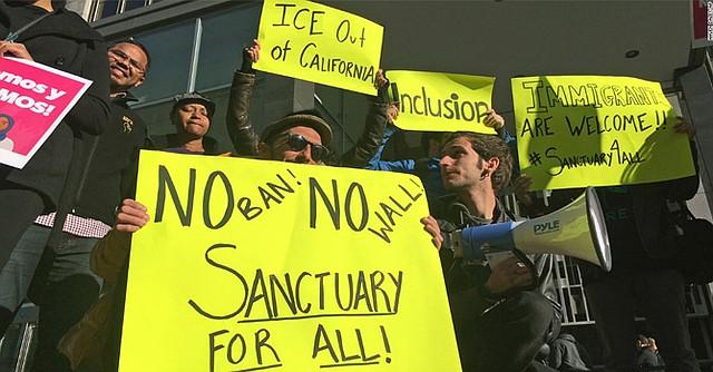 Manifestantes californianos apoyaron la decisión del Juez de San Francisco, William Orrick. Foto-Cortesía: cnn.com