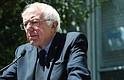 La última versión del proyecto de ley propuesta por Sanders, la Ley de Trabajadores Asalariados de 2015, tenía sólo cinco copatrocinadores.