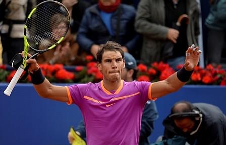 Rafael Nadal avanzó a cuartos de final en Barcelona