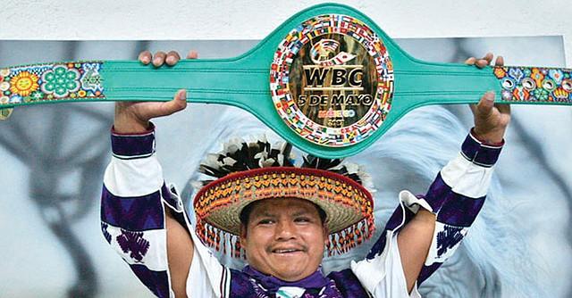 Un cinturón simbólico pero sólo está en juego el orgullo y el futuro de los dos peleadores aztecas. Foto-Cortesía. Radio Fórmula.com.mx