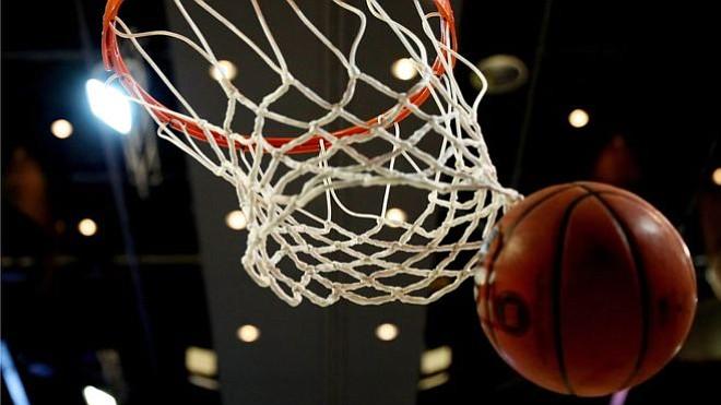 Los Golden State Warriors continúan su racha victoriosa al vencer  por tercera vez a los Jazz de Utah