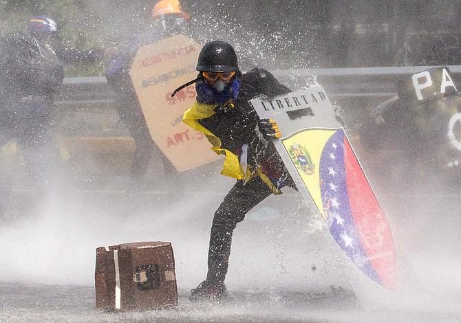 Las claves para entender la crisis de Venezuela (y cómo puedes ayudar)
