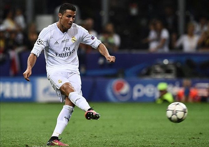 """""""France Football"""" ve a Cristiano Ronaldo como claro favorito al Balón de Oro"""