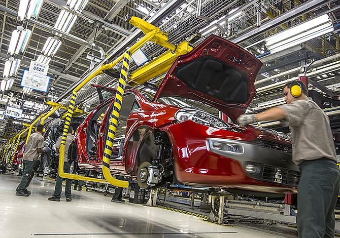 Producción de vehículos aumentó 13,6% en México