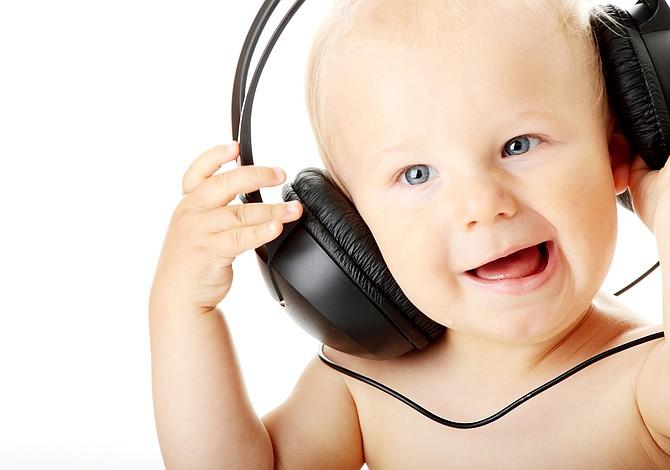 Música para bebés: ¿pueden las canciones facilitar el aprendizaje de otros idiomas?