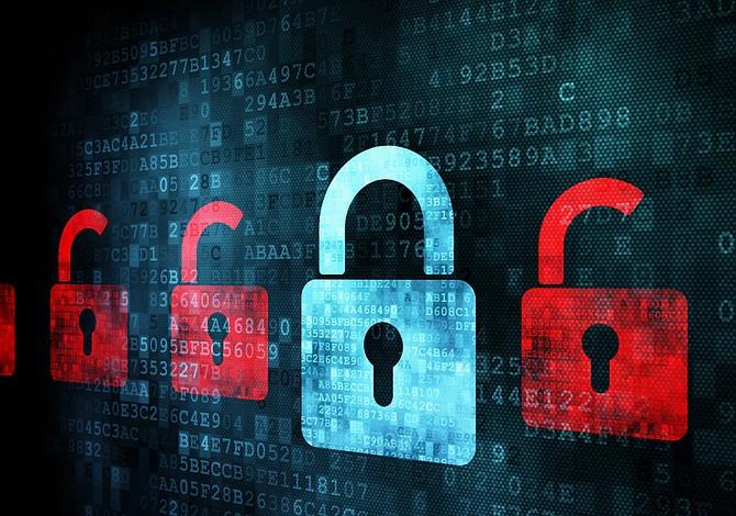 Trump toma medidas para fortalecer ciberseguridad en EE.UU.