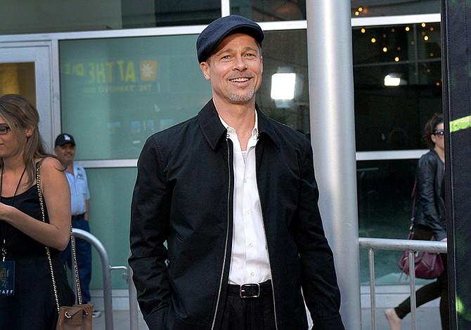 Brad Pitt es un libro abierto para sus seguidores