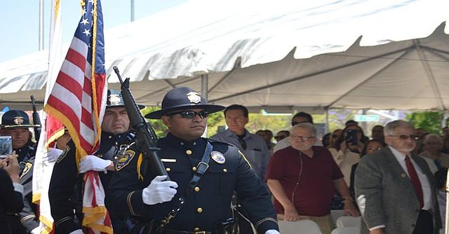 Otro momento en la ceremonia de honores a la bandera. Foto: Horacio Rentería/El Latino San Diego.