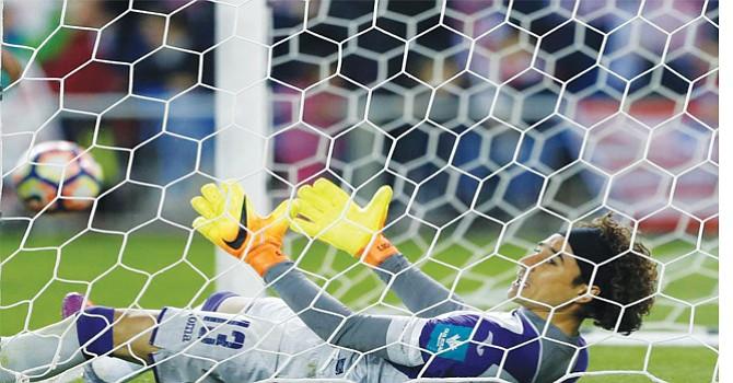 Memo Ochoa y su paso por varios clubes, sin lograr estabilidad. Foto-Cortesía.