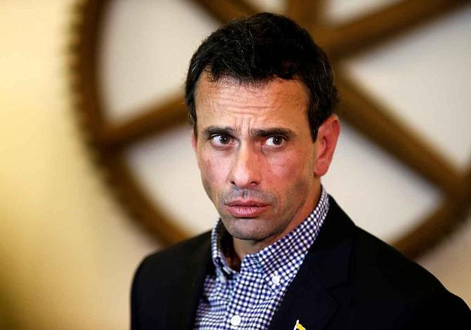 Gobierno venezolano retuvo pasaporte de Capriles y le impidió ir a ONU