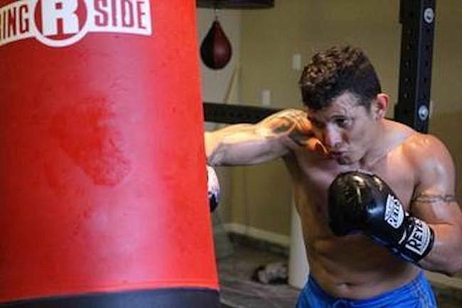 RETADOR. El boxeador colombiano Oscar Escandón se enfrentará a Gary Russell Jr. en pelea de campeonato mundial el sábado 20 de mayo de 2017 en el MGM National Harbor, en Oxon Hill, Maryland.