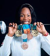 La medallista olímpica  Laura Flessel es la ministra de deportes de Francia