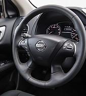 Nissan se comprometió a invertir y producir en Argentina