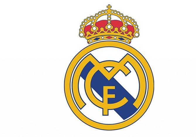 Con golazos de Cristiano Ronaldo y Benzema Real Madrid superó al Málaga y se coronó campeón de la Liga Española