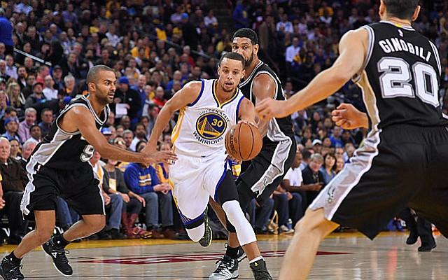 Warriors barren a Spurs y jugarán las Finales de la NBA
