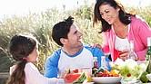 Las bacterias transmitidas por los alimentos se multiplican más rápidamente en los climas calurosos