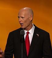 El gobernador Rick Scott
