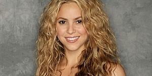 Shakira cantó dos canciones de su nuevo disco