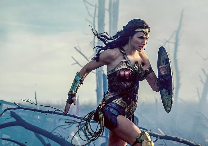 """La """"Mujer Maravilla"""" marca el retorno triunfante de DC a las buenas historias"""