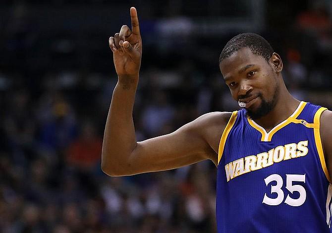 Los Warriors ganan el primero de las finales de la NBA