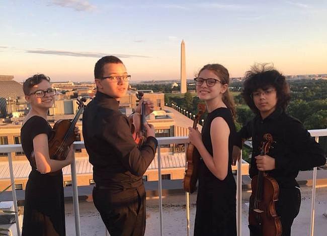 Un concierto sobre el tejado