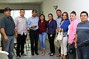 PARTICIPANTES. La Junta Directiva de la Comunidad Chilanguera y la Cónsul de El Salvador en Woodbridge, Karla García.