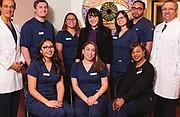 MULTICULTURAL. El equipo del centro médico atiende a pacientes de todas la culturas y con diversas necesidades.