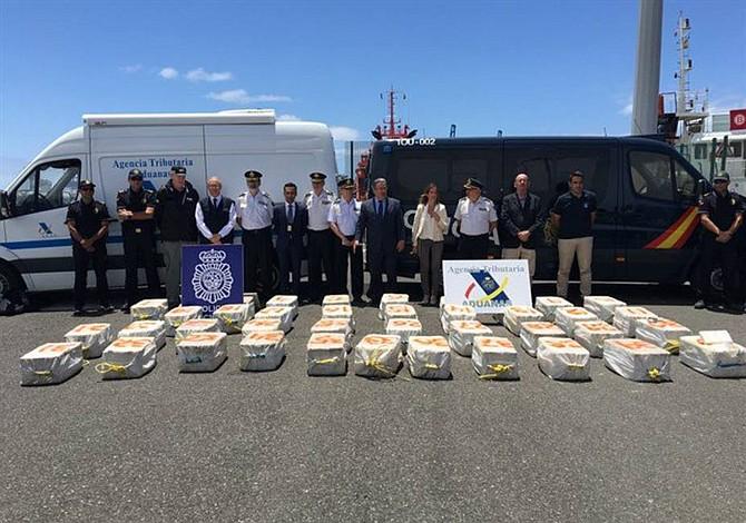 Incautados 1.200 kilos de cocaína en en barco de bandera venezolana