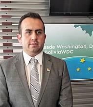DIPLOMÁTICO. El Cónsul de Bolivia en Washington DC viajará a su país para participar en la conferencia