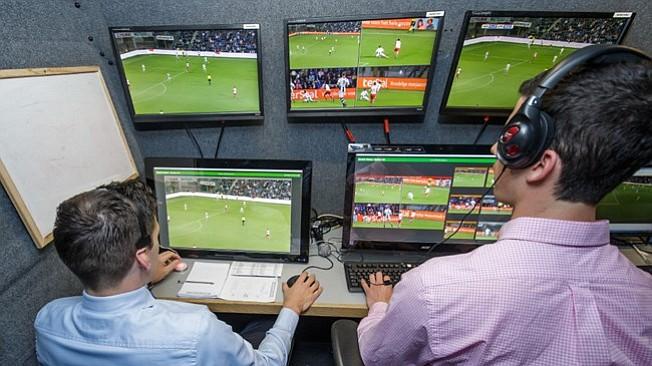 FIFA continuará utilizando el sistema de videoarbitraje en los eventos internacionales