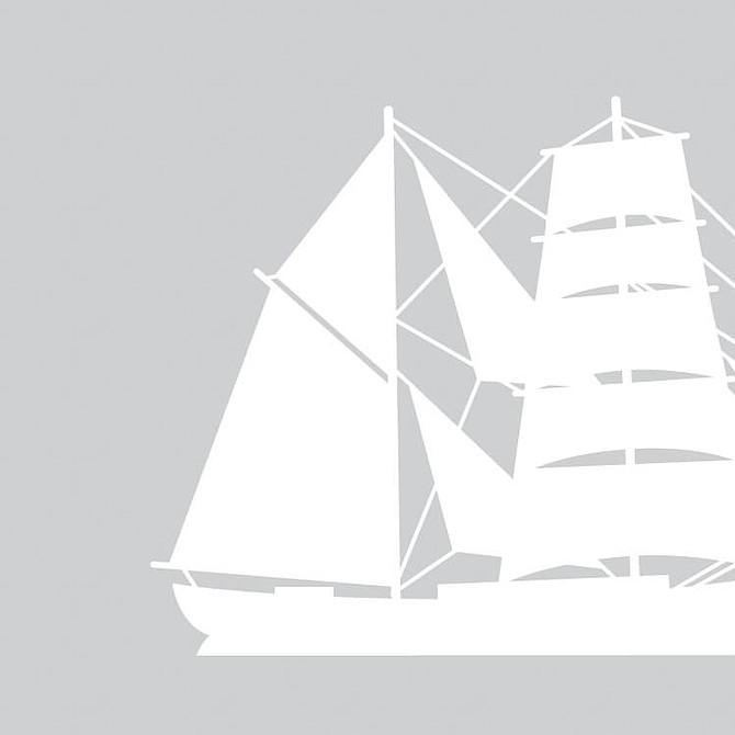 Bergantín: Dos palos, el mayor y el trinquete, con bauprés y velas cuadradas.
