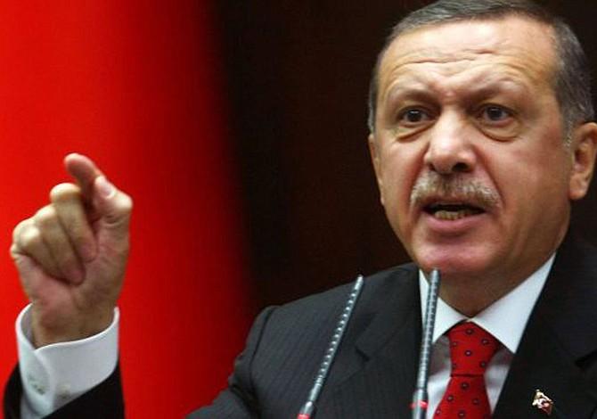 Erdogan critica órdenes de arresto de EEUU contra sus guardaespaldas