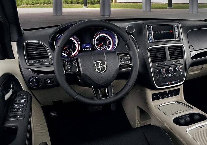 Fiat Chrsyler revisará 209.000 Dodge Grand Caravan en EEUU