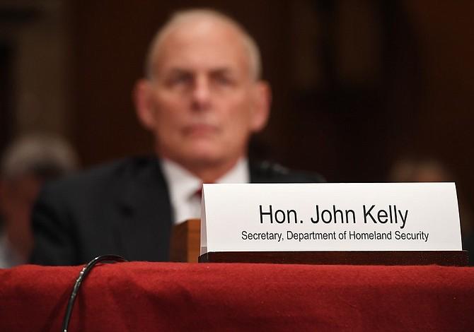 Kelly revoca orden de Obama para proteger a padres inmigrantes de ciudadanos estadounidenses