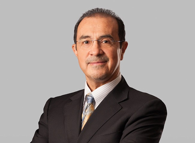Dr. Alberto Martinez