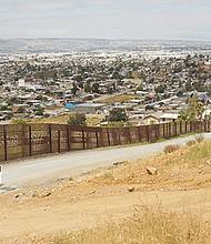 La construcción del muro comenzará con el 3 por ciento de la frontera pero solo si hay presupuesto. Foto de Manuel Ocaño