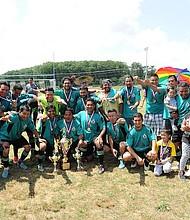 MONARCAS. Deportivo Petén es el campeón de la Liga de Langley Park.