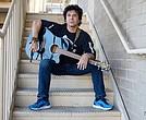 Terry Ilous fusiona el flamenco y la gitanería con el rock clásico