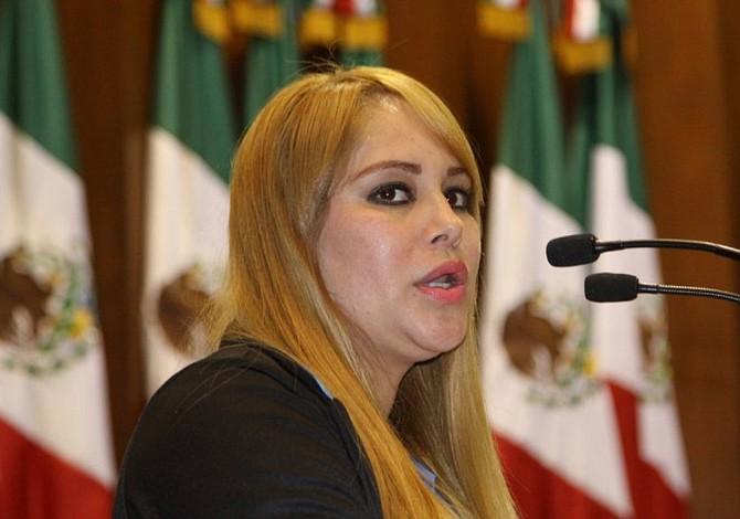 Negada fianza a exdiputada mexicana ligada al Chapo Guzmán