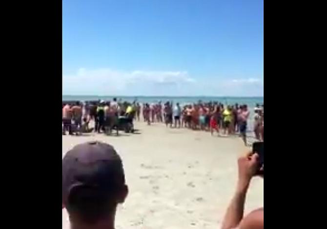 Arrestos en Cape Cod por supuesto sexo en la playa el 4 de julio