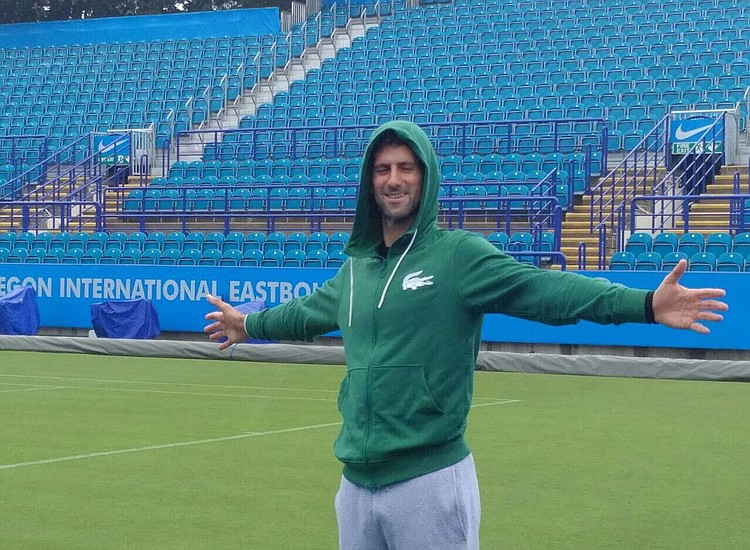 Djokovic se retiró de Wimbledon lesionado