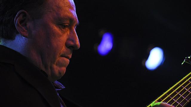 El profesor Oscar Stagnaro, bajista, ganador de 6 Grammys Latinos y miembro del Quinteto de Paquito D' Rivera, es Director Ejecutivo de Berklee Latino.