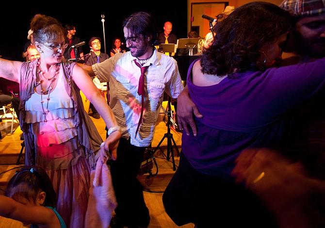 Ya arrancó la serie de conciertos de verano de Zumix, en East Boston