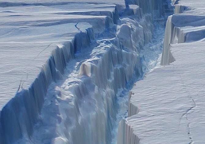 Se desprende de la Antártida el considerado mayor iceberg de la historia