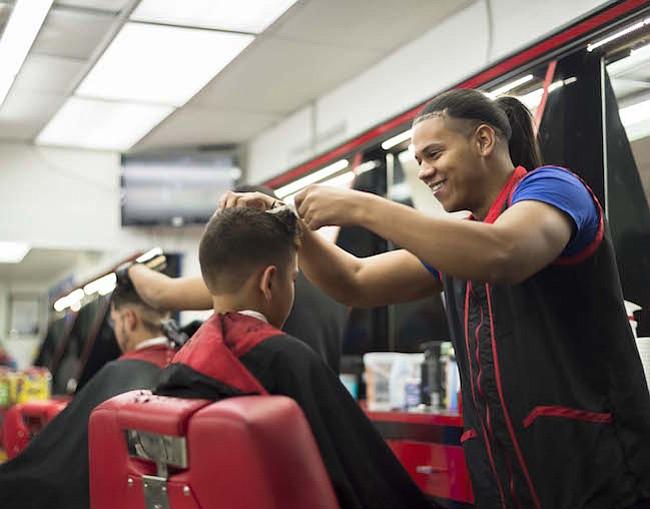 Chino Star Barbershop (Steven Casanova, 2017)