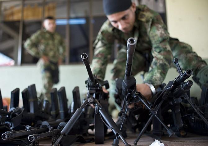 Exguerrilleros de las FARC recibirán 217 dólares durante 24 meses