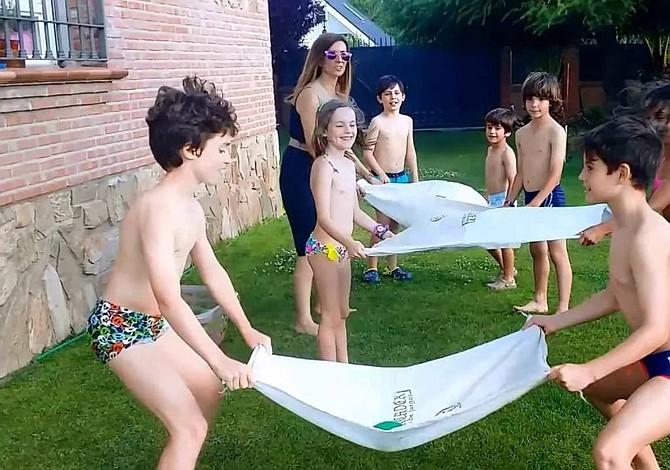 Juegos con agua para refrescarse este verano