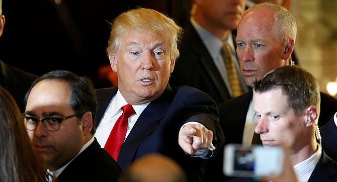 Trump carga de nuevo contra los medios